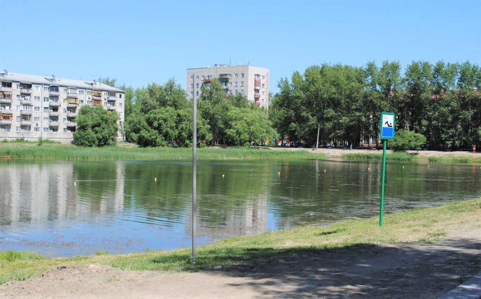 Какая разница между озером и прудом?