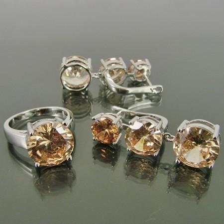 Фианит: свойства камня, отличие от циркония, кому подходит