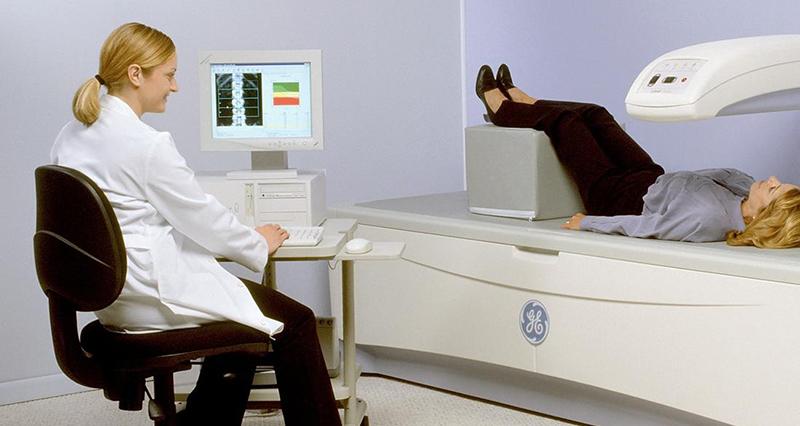 Что такое денситометрия позвоночника? описание диагностики