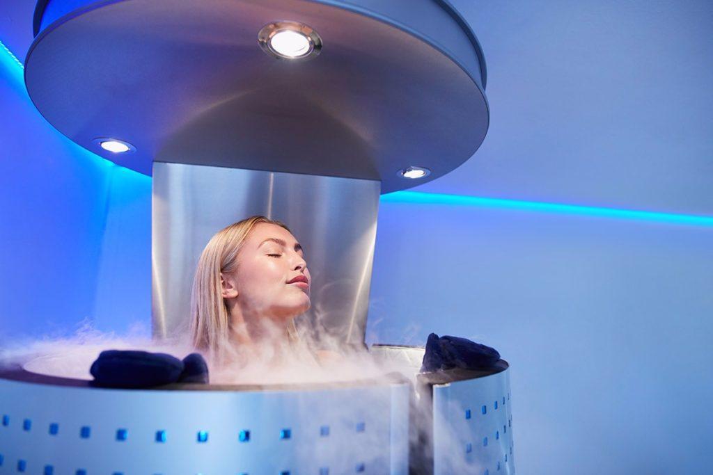 Лечение холодом – криотерапия: виды камер, польза сауны, показания и противопоказания