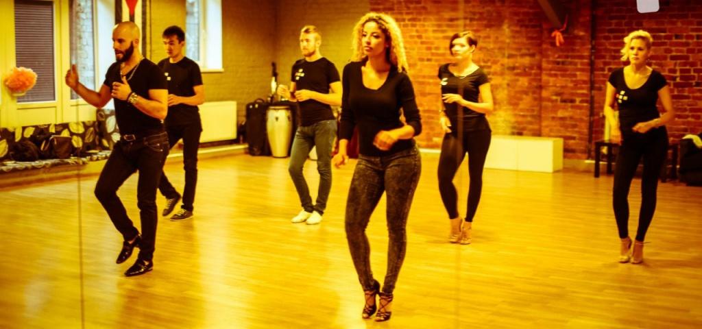 Танец сальса: особенности, стили, отличия, обучение