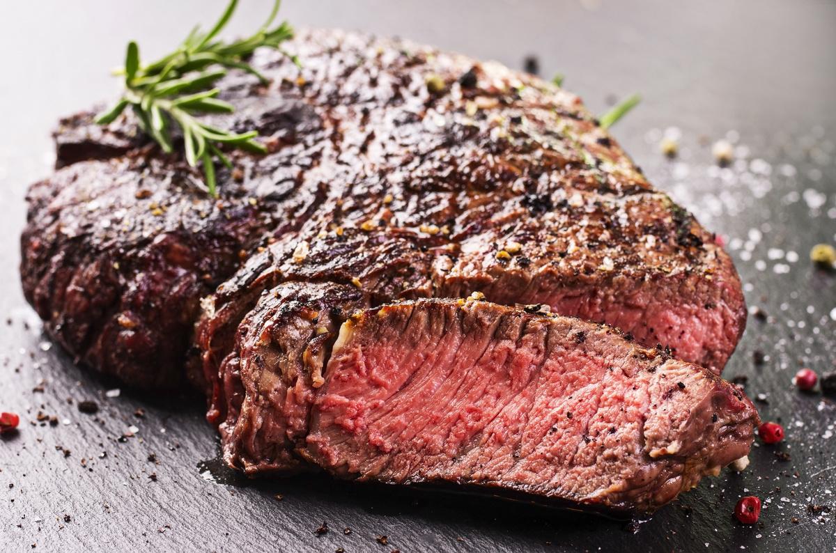 Мраморная говядина: что это такое и почему она так дорого стоит