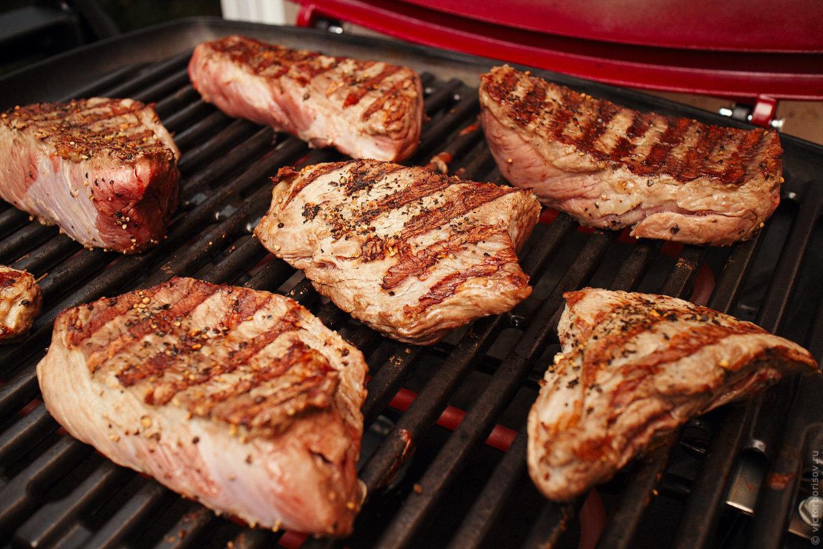 3 способа приготовления стейка рибай на природе