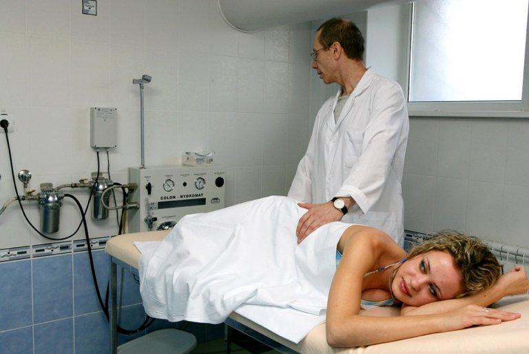 Ирригоскопия кишечника: что это такое, показания, подготовка к исследованию