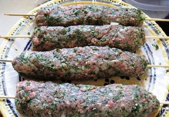 Люля-кебаб из баранины: описание блюда, рецепт пошагового приготовления из фарша в домашних условиях, советы, а также фото