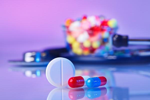 Описание профессии фармацевт: плюсы и минусы профессии