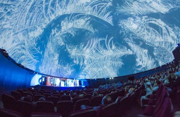«никто не выключит мне звездное небо»: истории о московском планетарии