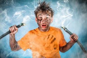 Поражение электрическим током. что такое электротравма, электрометка. помощь при ударе током, последствия и защита от поражения  током :: polismed.com