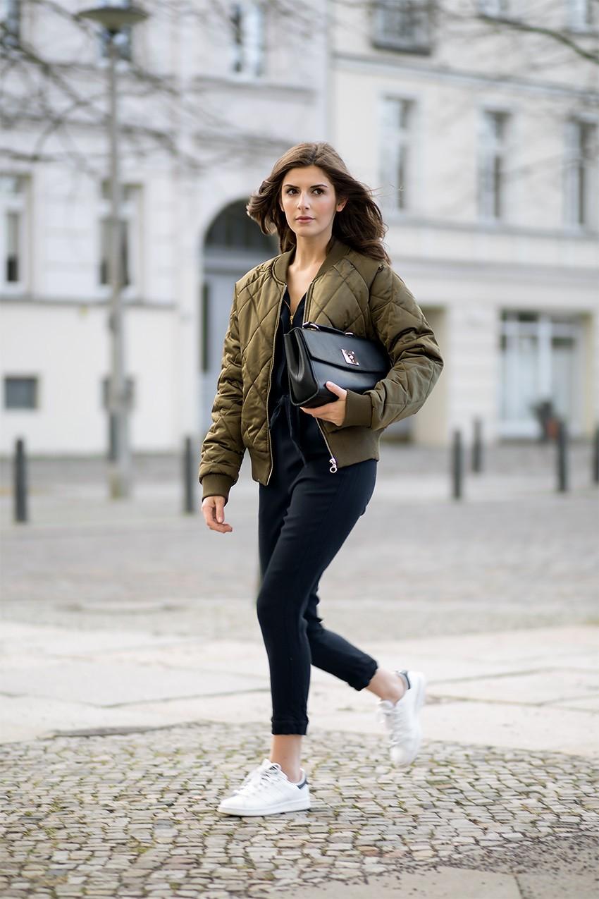 Куртка-бомбер - обзор стильных моделей с описанием, идеи мужских и женских образов с фото