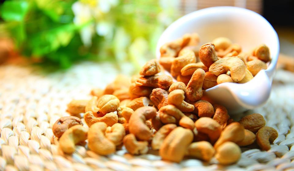 Орехи кешью: польза и вред для организма, фото, калорийность