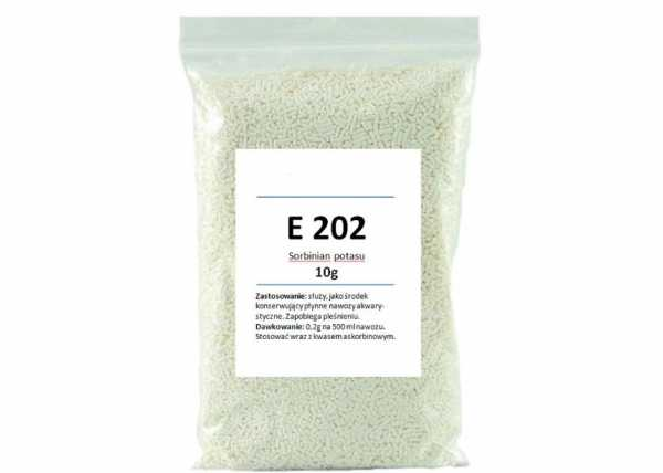 Сорбат калия: что такое е202, какое влияние консерванта на организм человека, есть ли польза, наносит ли вред, опасна или нет эта пищевая добавка в сухофруктах?