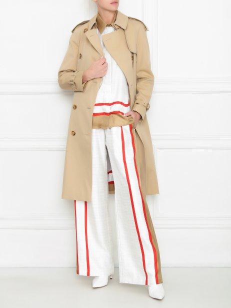 Раскрываем секреты стильно образа: с чем носить пончо