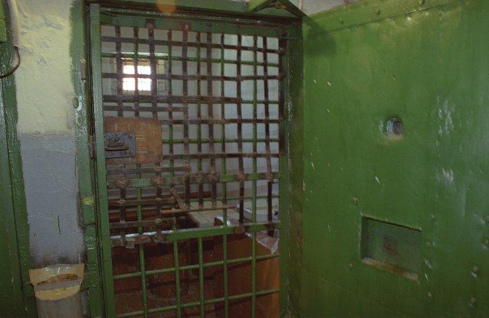 """""""преступление и наказание"""", шконка и туалетное мыло. журналисты tut.by — об обысках и окрестина"""