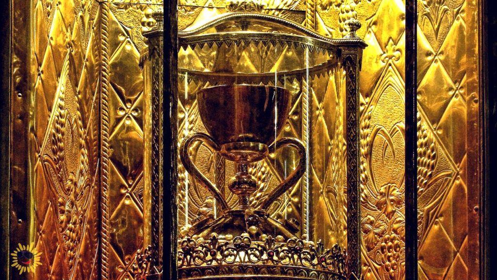Святой грааль википедия