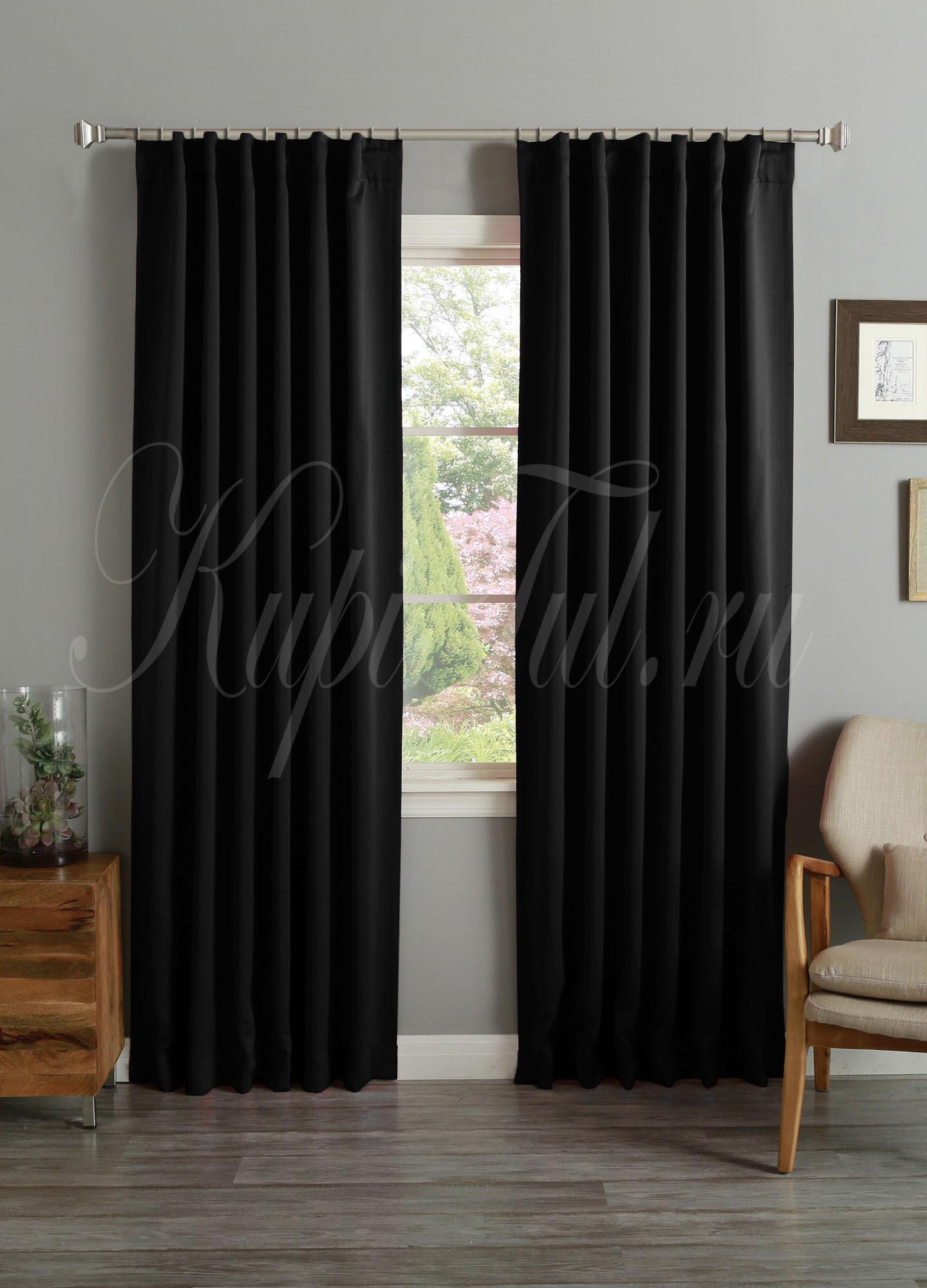 Светонепроницаемые рулонные шторы: особенности ткани блэкаут