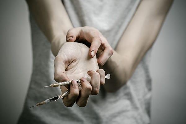 Метадон - эффект и последствия употребления, передозировка, ломка и признаки метадоновой наркомании