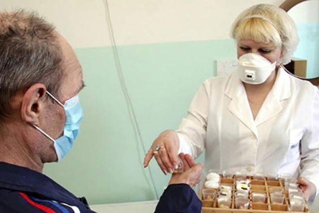 Что за болезнь чахотка: симптомы, признаки, туберкулез, скоротечная, как передается, заразна или нет, причины, у человека, как лечили, 3 стадии