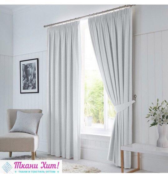 Как выбрать светонепроницаемые шторы в гостиную или спальню - описание самых качественных моделей с ценами