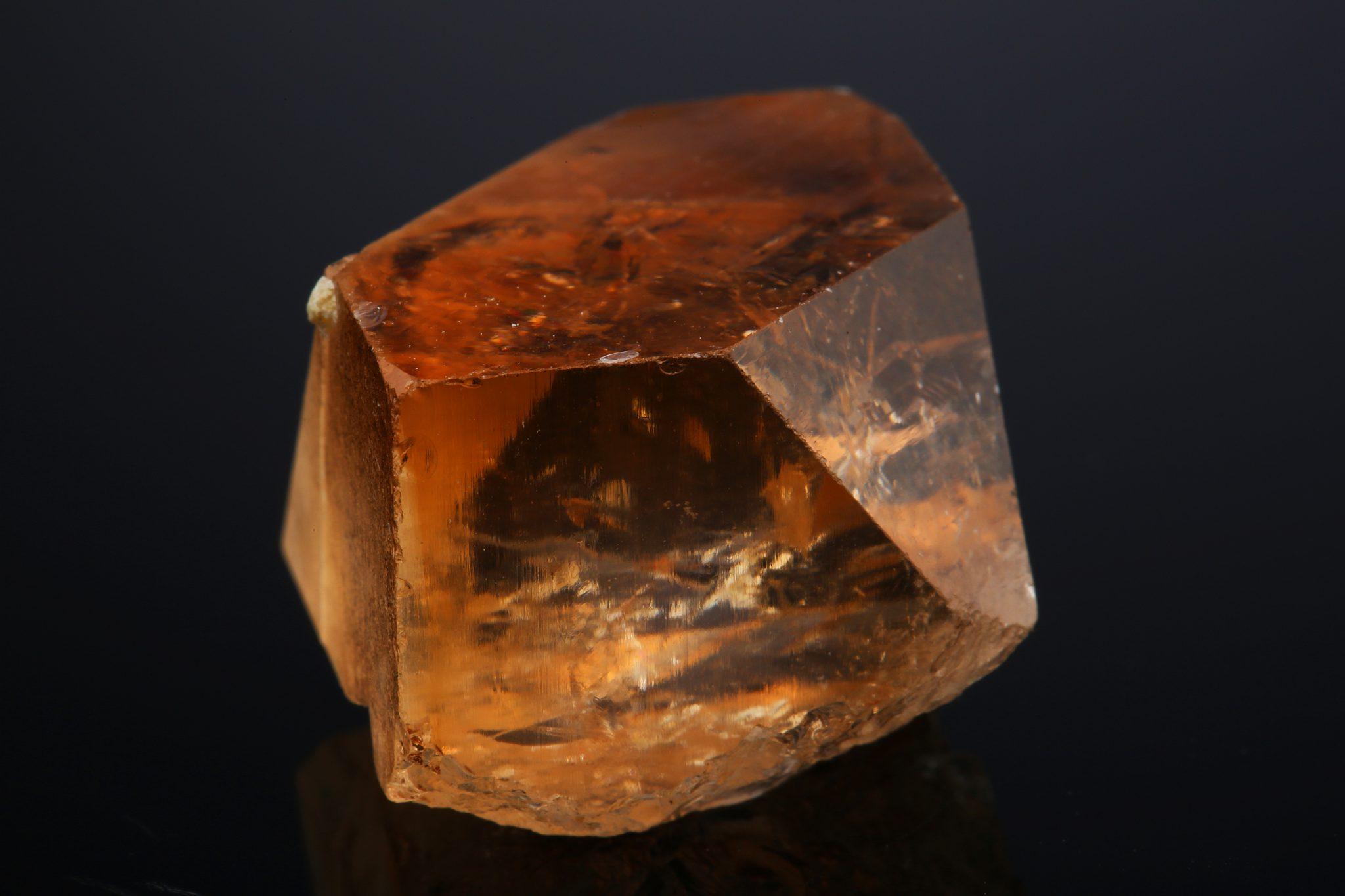 Камень топаз: каких видов и цветов бывает, магические свойства, что такое лондон топаз