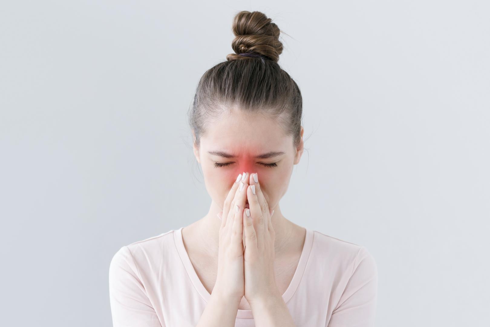 Ринорея - лечение, симптомы, причины, как быстро остановить ринорею
