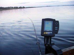 Как выбрать эхолот для рыбалки. эхолот передаёт всю важную информацию. фото. видео.