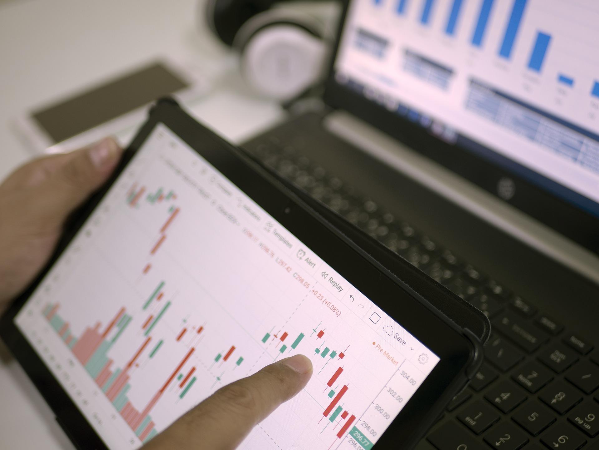 Срочный рынок: что это такое, его основные отличия от фондового