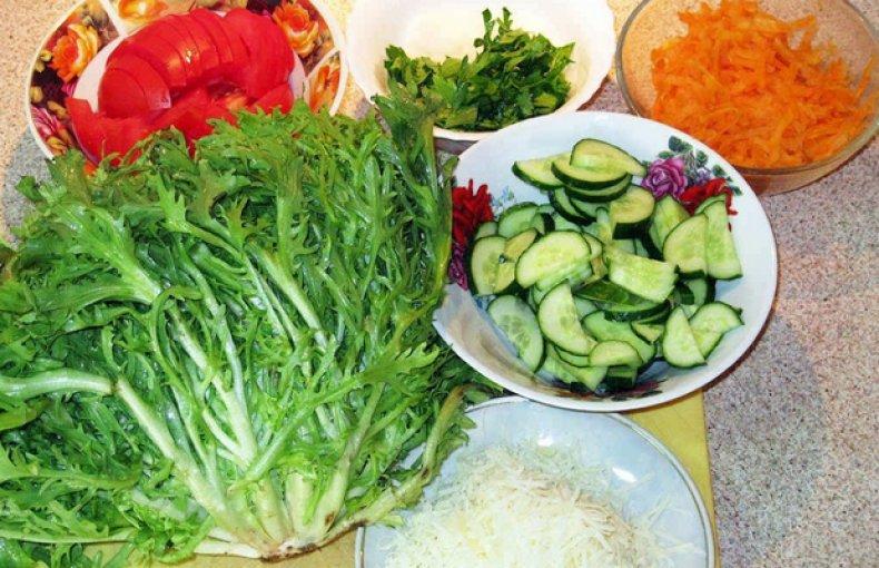 Эндивий (салатный цикорий) - его польза и вред, прочие свойства; выращивание растения