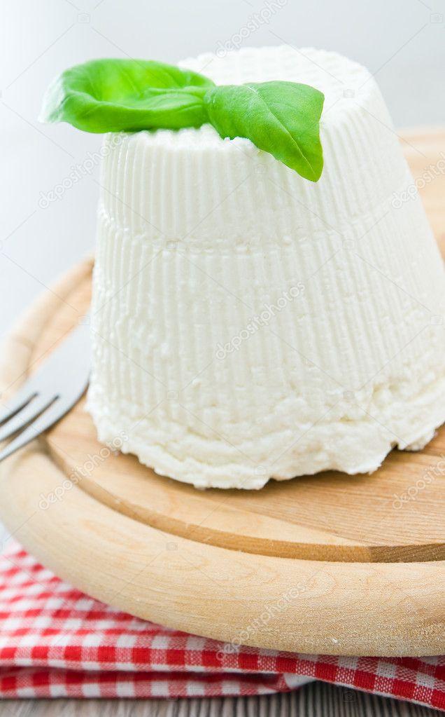 Сыр рикотта: польза, вред и калорийность | food and health