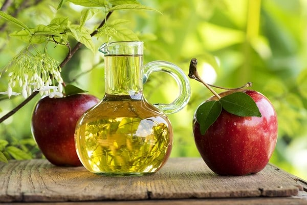 Уксусная кислота: что это такое и из чего делают, особенности применения и химические, а также пищевые свойства, раствор