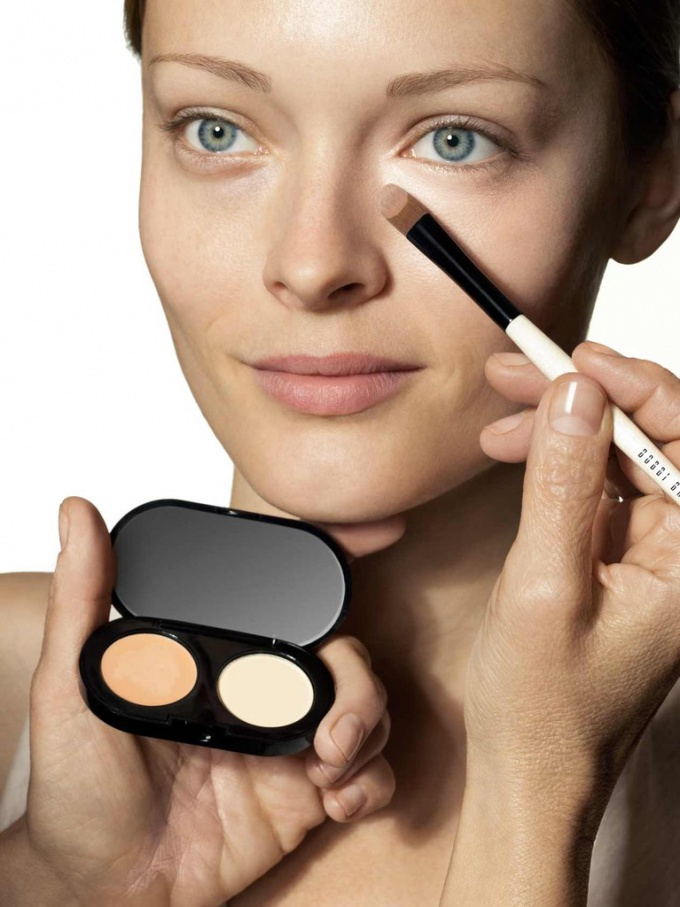 Консилер для лица: что это такое и для чего нужен в макияже