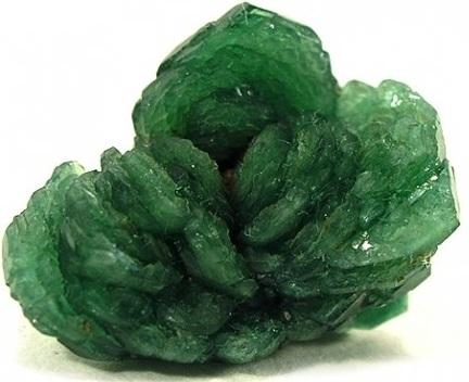 Камень турмалин: свойства, кому подходит по знаку зодиака, значение минерала | kamniguru.ru