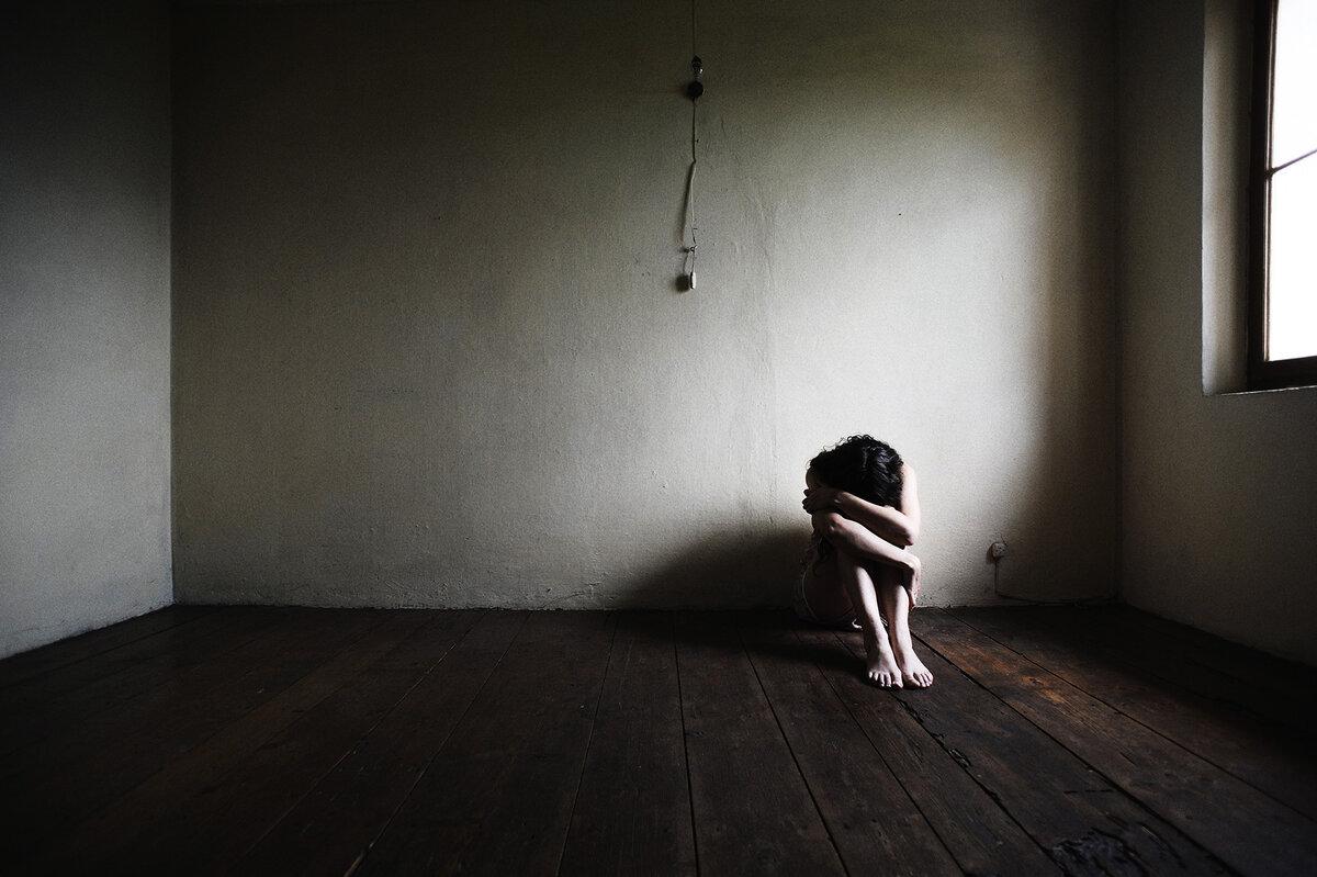 Управление эмоциями: как грусть не превратить в депрессию