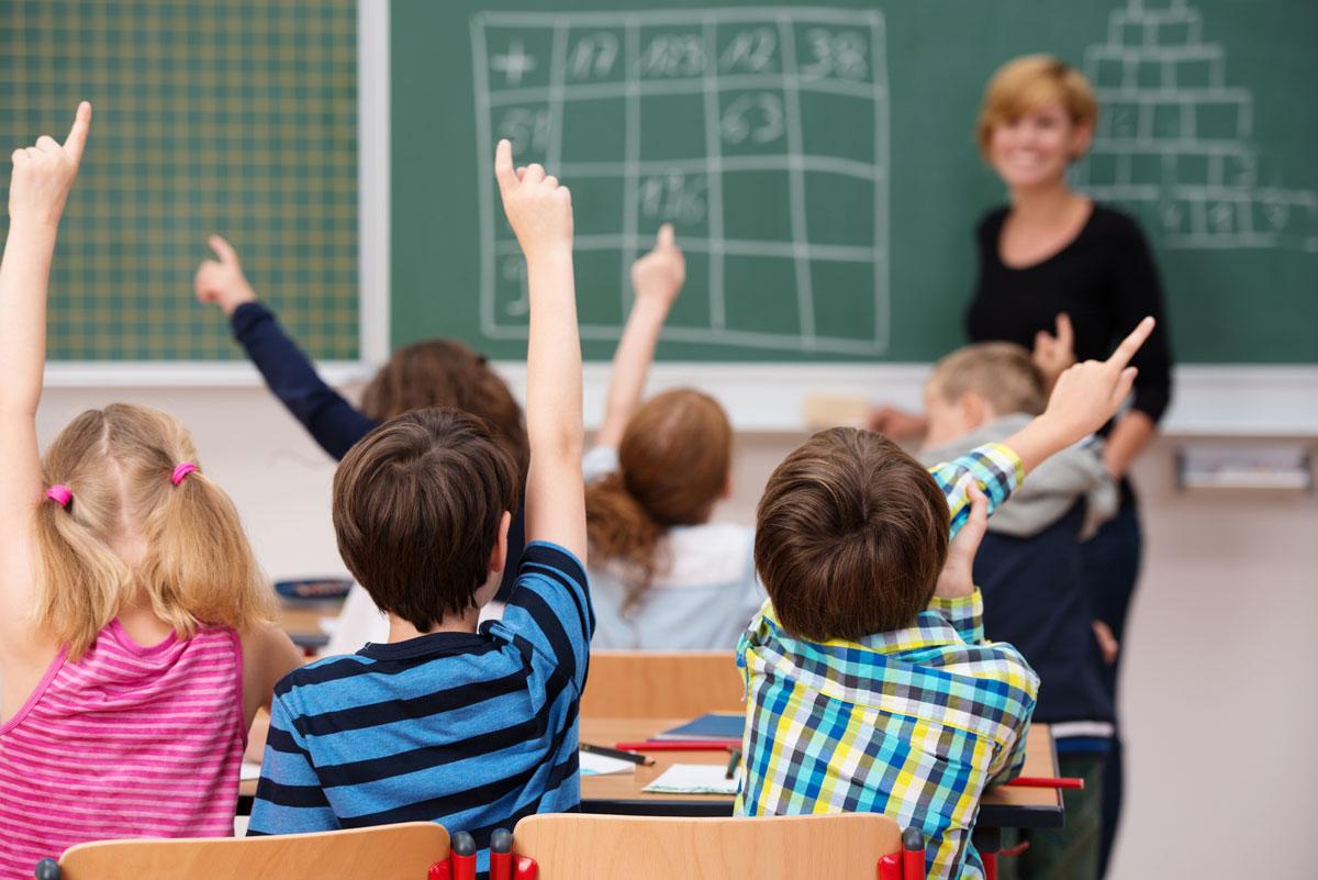Что ожидает ребенка в специализированной школе-интернате?