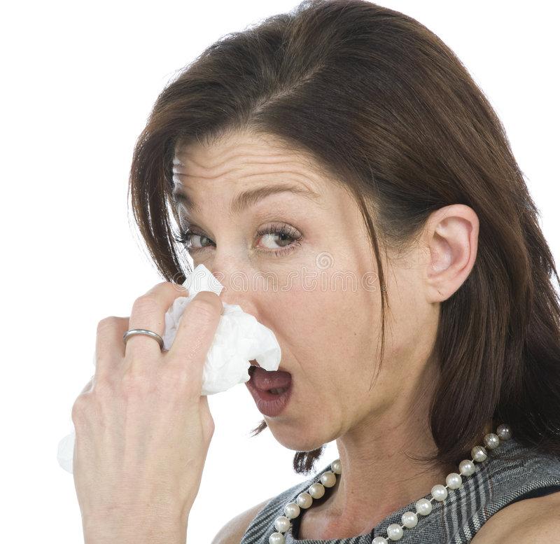 Ринорея: что это такое, симптомы и лечение у взрослых, как остановить, 5 видов