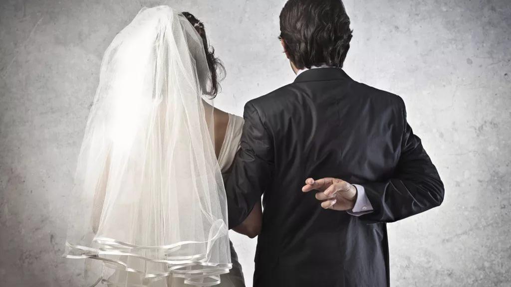 Фиктивный брак - бесплатная юридическая онлайн консультация 24 часа