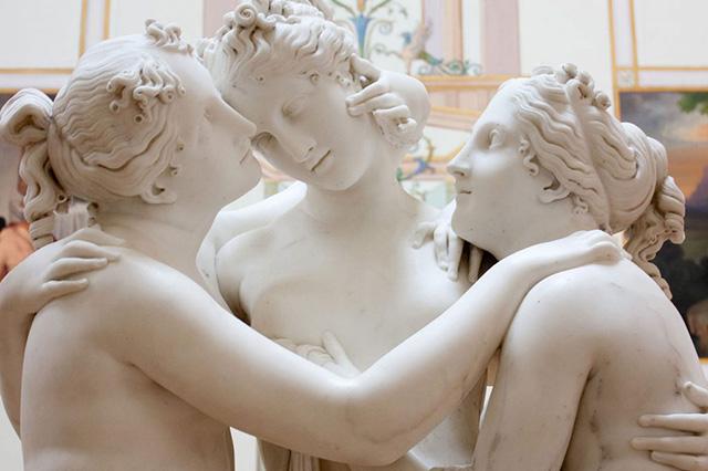 Любовный многоугольник: что такое полиамория - умная