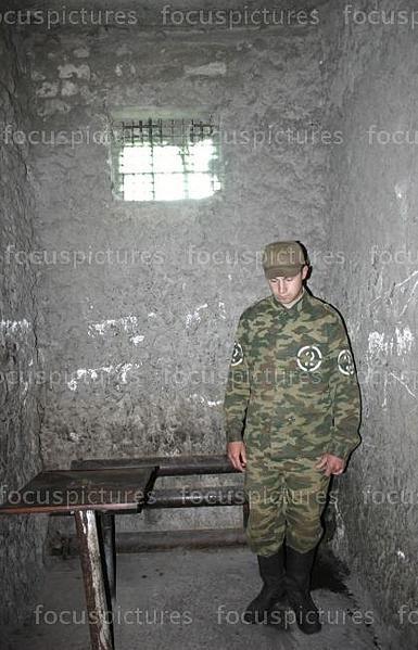 """""""губа"""" в армии: что это такое и что там делают?"""
