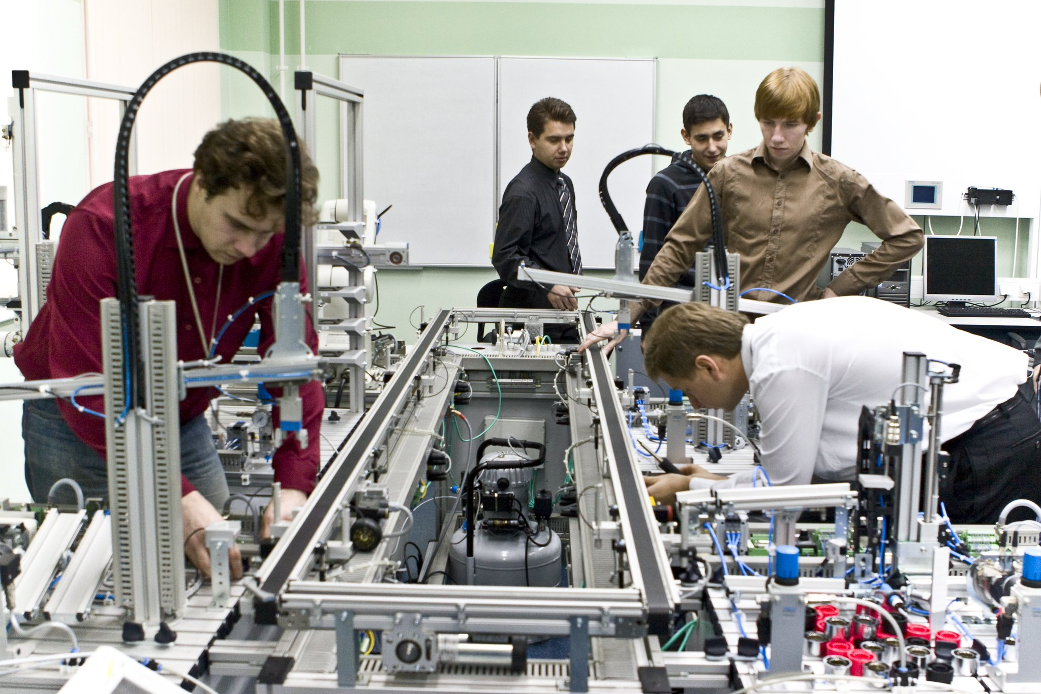 Что такое нанотехнологии и как они применяются в промышленности и медицине