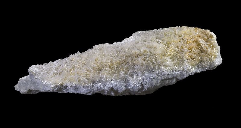 Тальк – природный минерал. его разновидности, предназначение и свойства