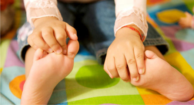 Мозоли на ногах: что нужно знать мастеру педикюра и клиенту