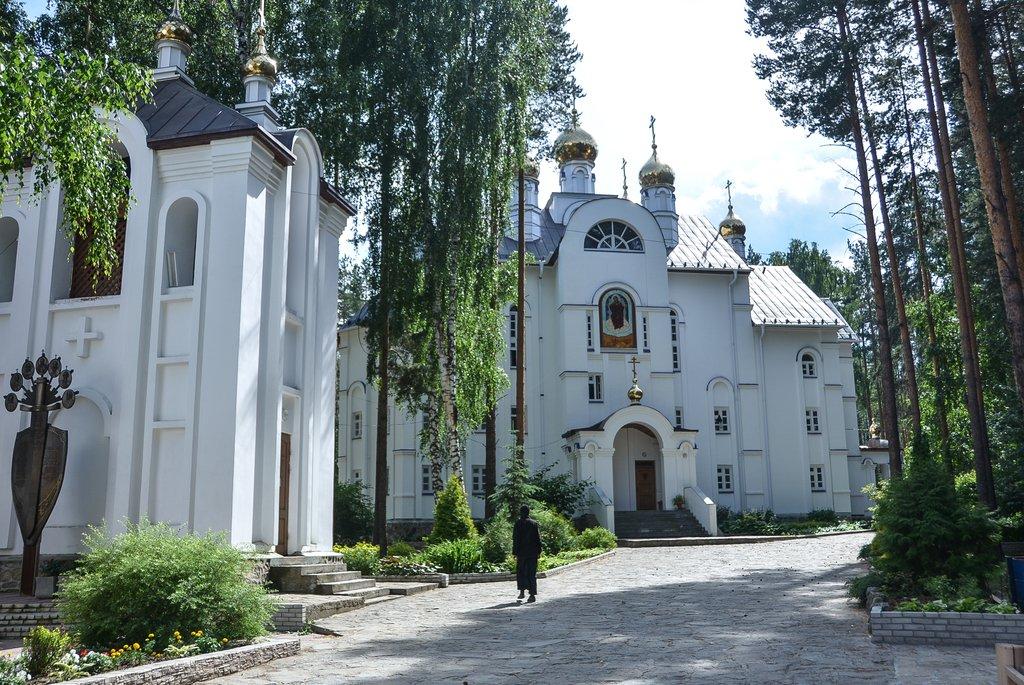 Что такое монастырь? что такое монастырь?