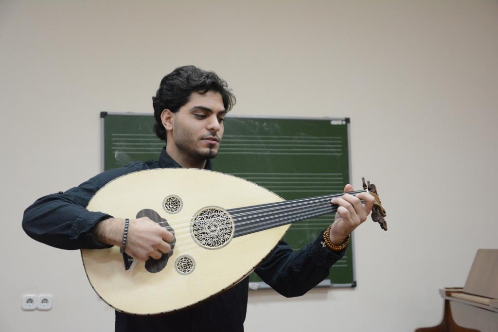 Уд (музыкальный инструмент)