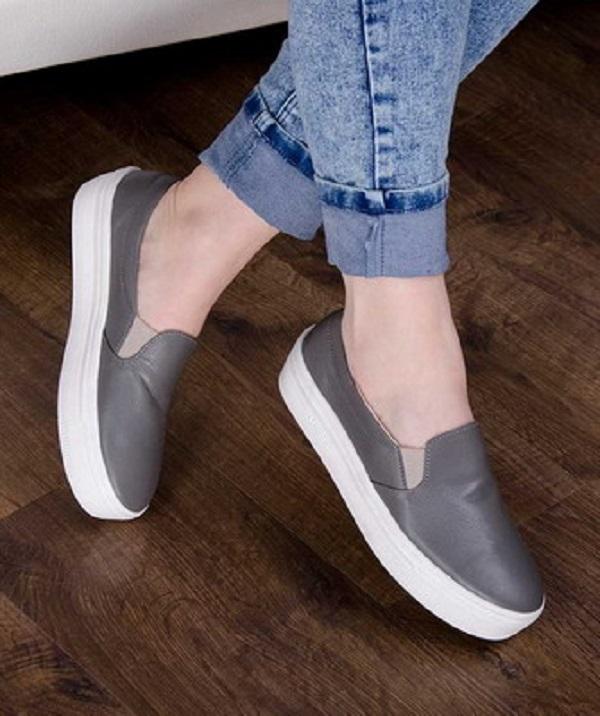 Модные слипоны – универсальная обувь. узнайте, с чем ее носить
