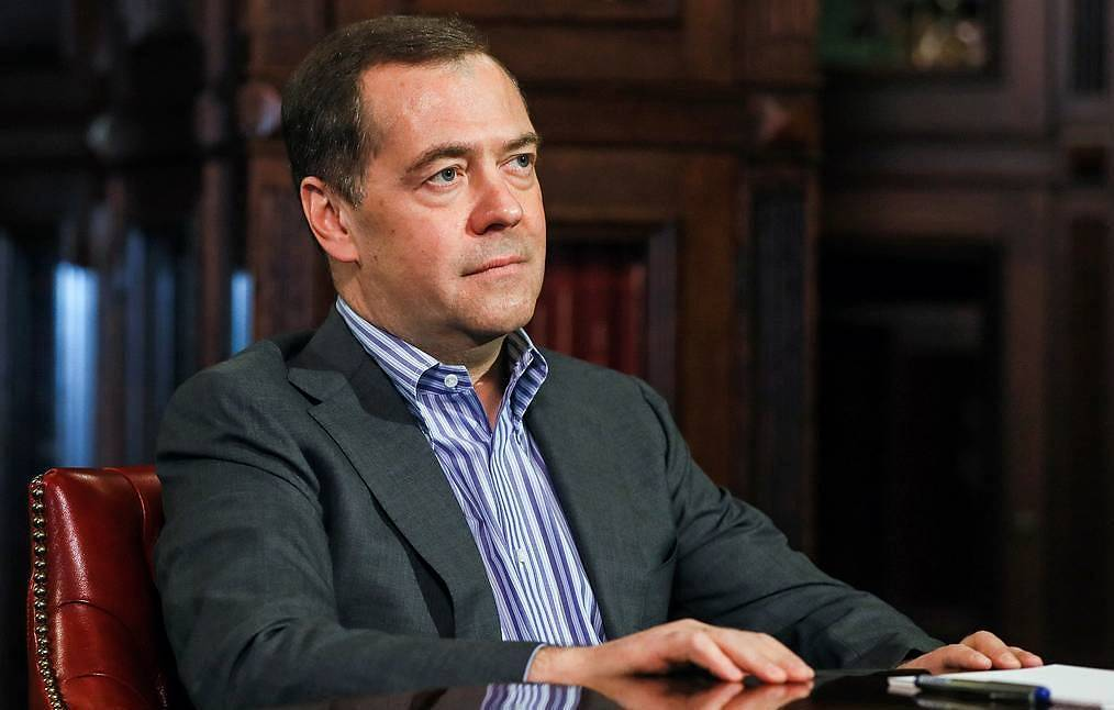 """""""единая россия"""" завершает праймериз по отбору кандидатов к сентябрьским выборам -  политика - тасс"""