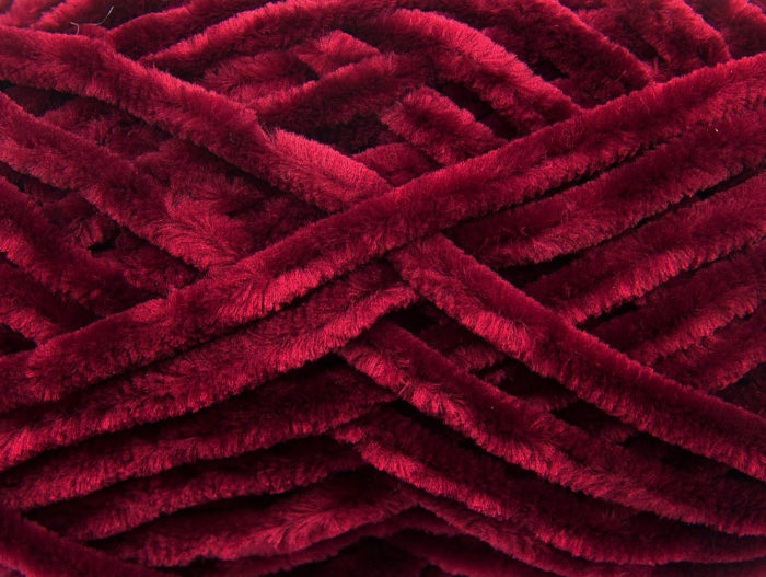 Что за ткань шенилл: свойства и описание