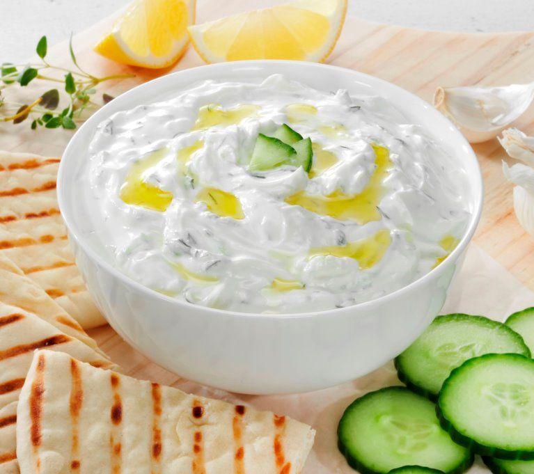 Греческий йогурт: польза и вред для организма