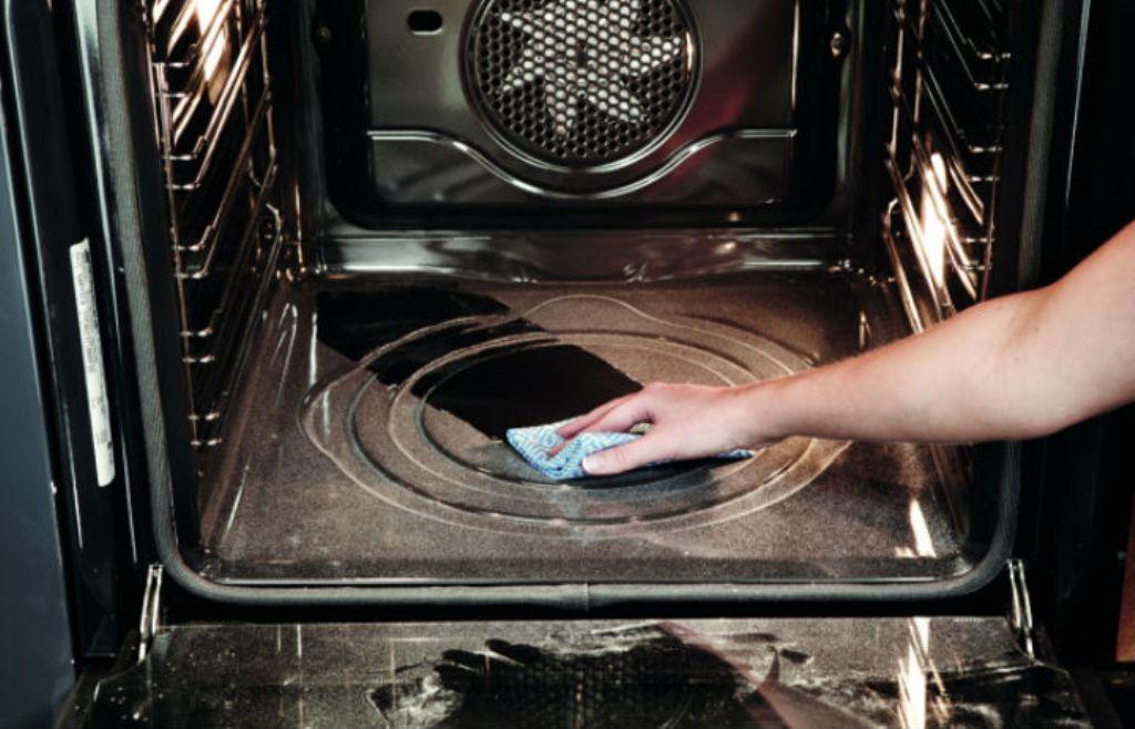 Гидролизная очистка духовки: что это такое, принцип действия, преимущества и недостатки