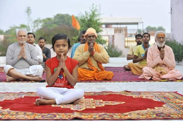 Крия йога: что это такое, с чего начать занятия новичкам