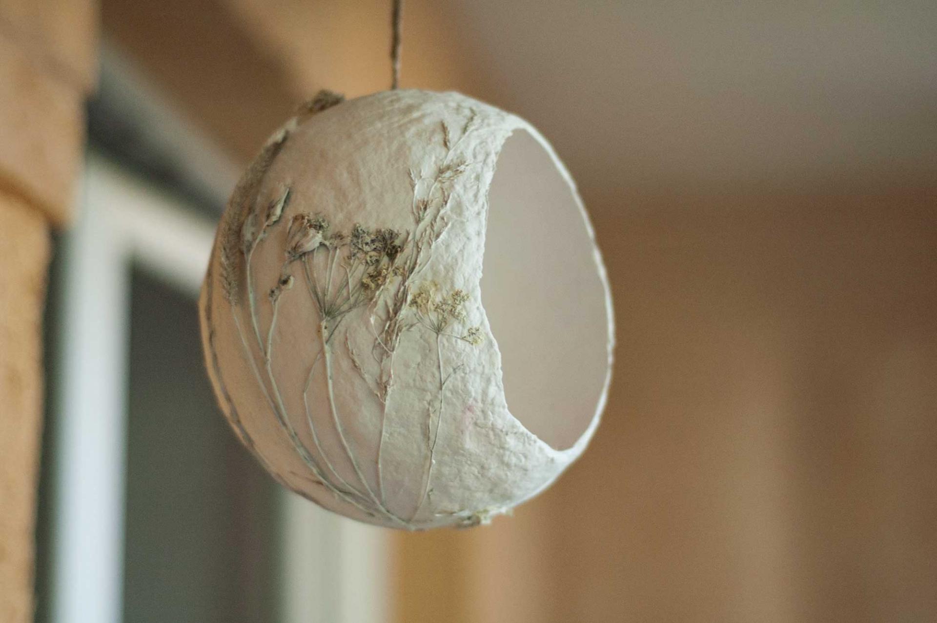 Как делать папье-маше из бумаги и газеты: пошаговая инструкция