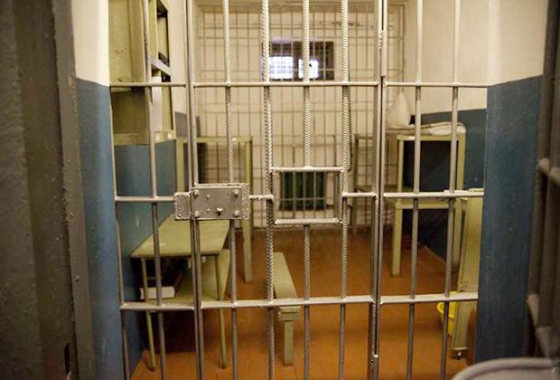 Что такое тюрьма в 2020 году? чем занимаются заключенные?